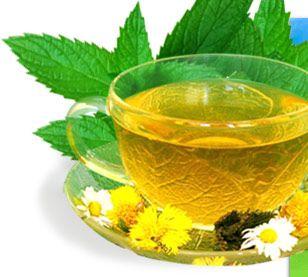 Який чай при гастриті можна пити?