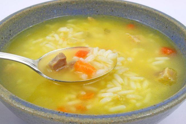 Чи можна рис при гастриті і як найкраще приготувати кашу з нього?